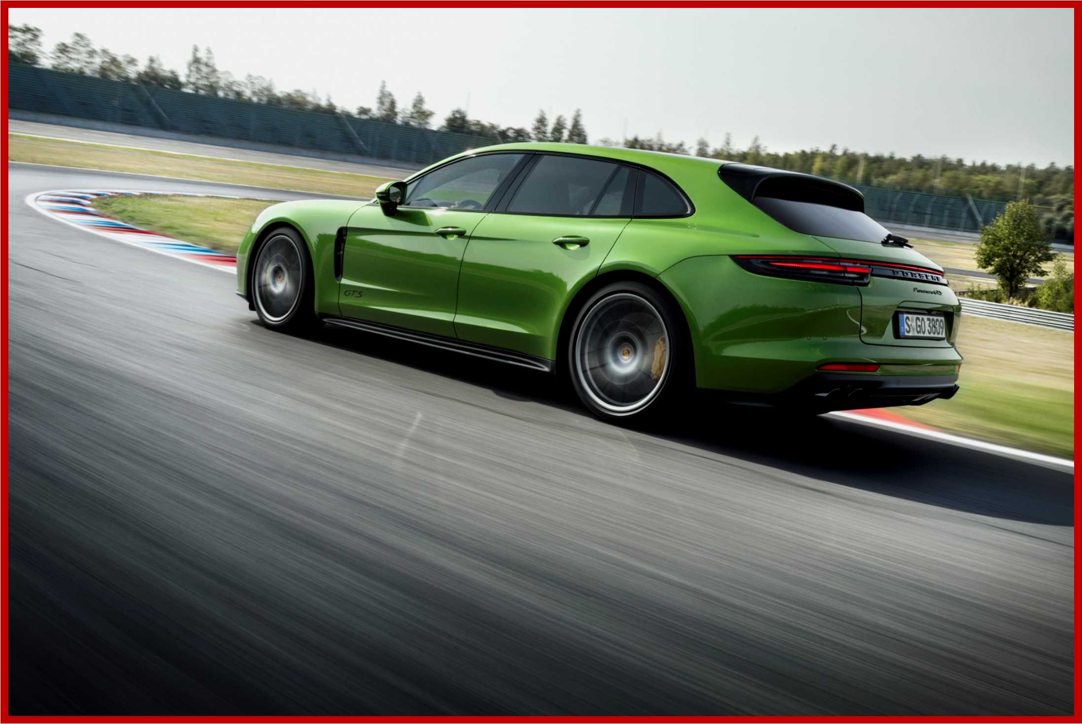AutoInformed.com on Panamera GTS Sport Turismo